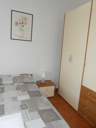Alloggio Cavour : Camera da letto