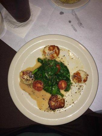 Pagelli's Cucina: Scallops & Spinach