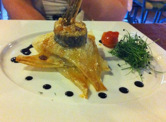 Casa do Pintor - Gourmet & Bistro : millefeuille goat cheese