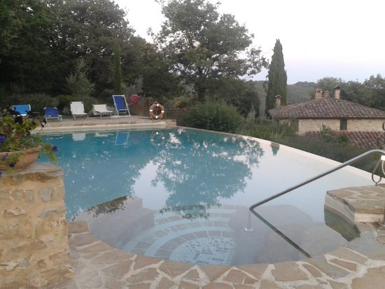 Poggino: piscina