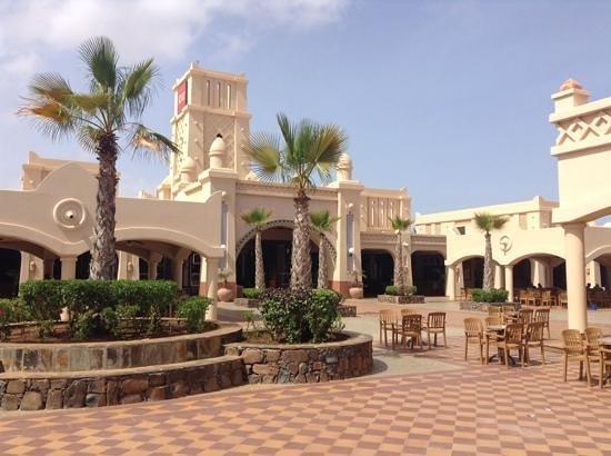 Hotel Riu Touareg : Main Square Riu Touareg Cape Verde