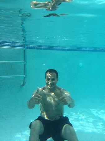 Drury Inn & Suites Orlando: At the pool.