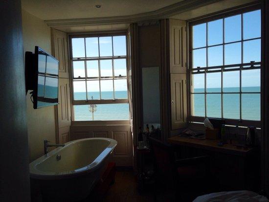 Drakes Hotel Brighton: Sea facing ying yang double