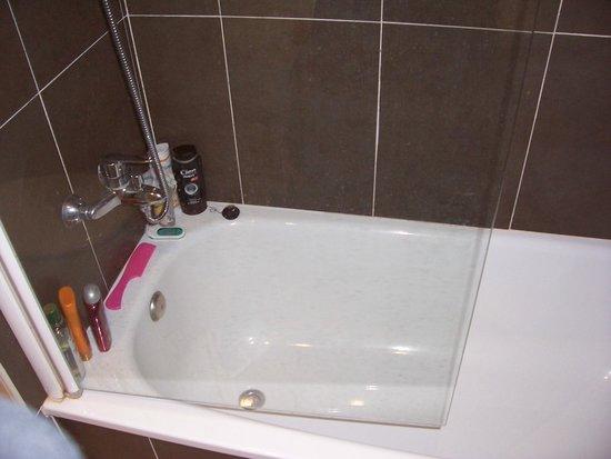 Ohtels San Salvador: salle de bain