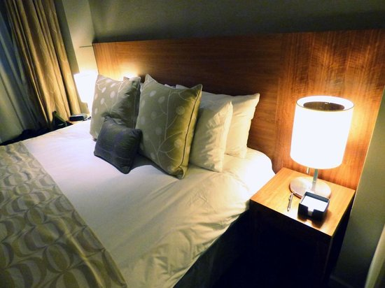 Apex City of London Hotel: Bed