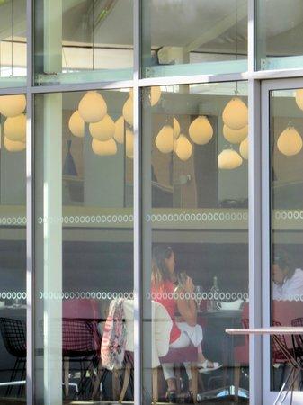 Hotel du Vin Exeter: Restaurant from lawn
