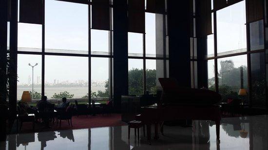 The Oberoi, Mumbai: Lobby