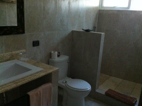 L'Oasi Guest House : Bagno modernissimo