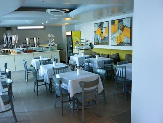 Kouros Art Hotel : area colazione