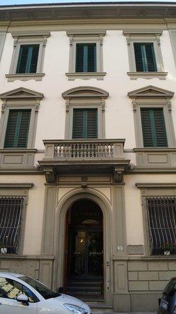 Hotel Bonifacio: façade