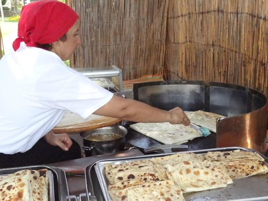 IC Hotels Santai: La femme qui fait a manger turc