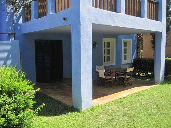 Candia Park Village : terras bij de kamer
