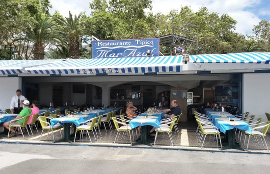 Restaurante Mar Azul : la terrasse au bord l'eau