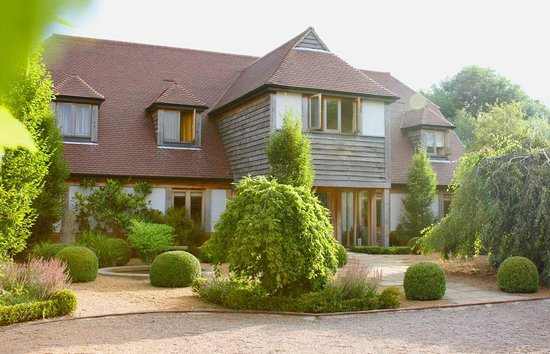 The English Wine Centre, Green Oak Barn Boutique Rooms: Stunning Hotel