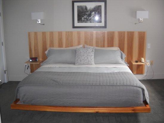Ledges Hotel: huge, comfortable beds