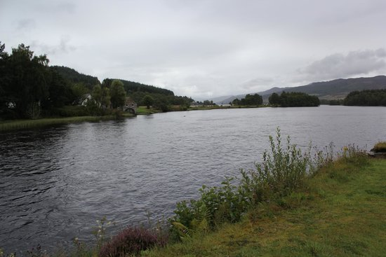 Loch Tummel Hotel: View from front of Hotel