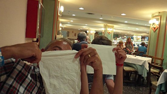 Globales Palmanova: Fun in the hotel restaurant