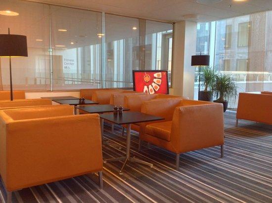 Crowne Plaza Copenhagen Towers: Club Lounge