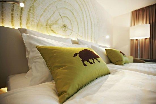 Steigenberger Airport Hotel: Business double room detail