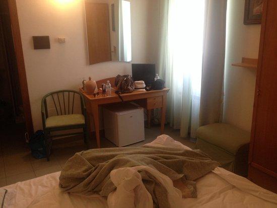 Grand Hotel Mediterraneo: Camera standard