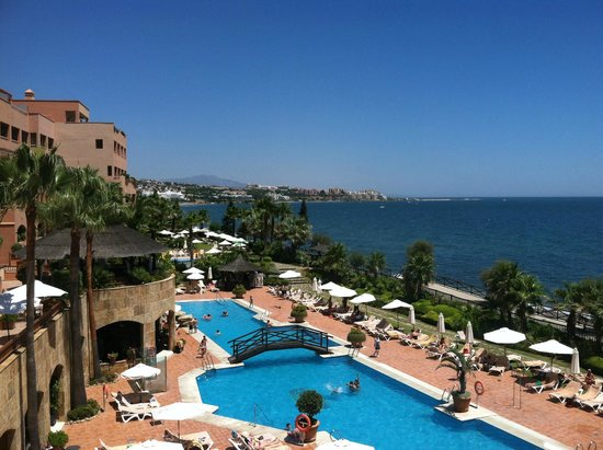 Gran Hotel Elba Estepona & Thalasso Spa: View of Hotel Outdoor Pools