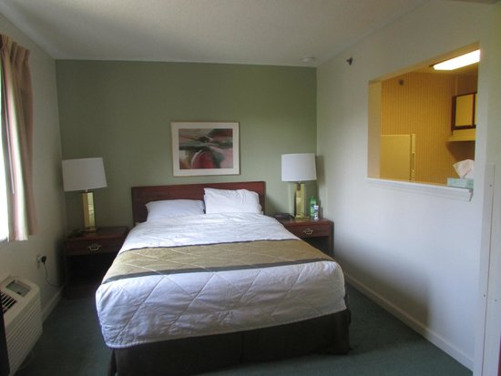 Extended Stay America - Atlanta - Peachtree Corners: Bedroom