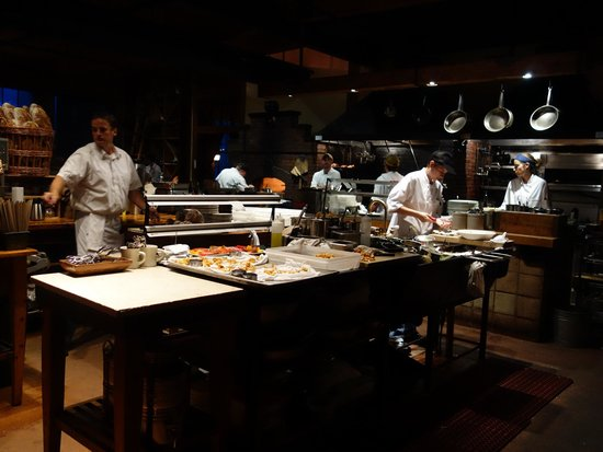 Fore Street : The kitchen as you walk in the restaurant