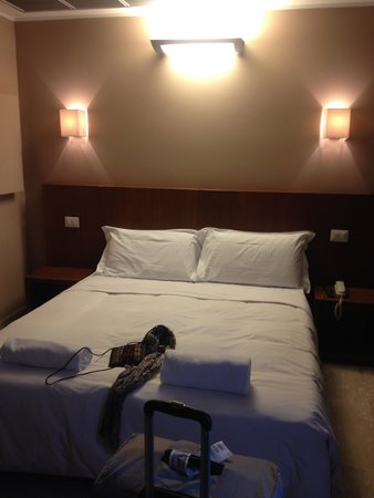 Oasi Village Hotel & Resort: Small Room but clean