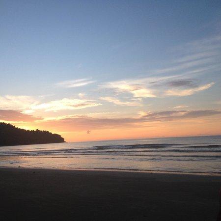 Nexus Resort & Spa Karambunai : Al tramonto