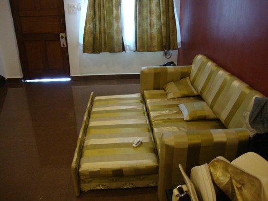Santana Beach Resort: Drawing room of our suite