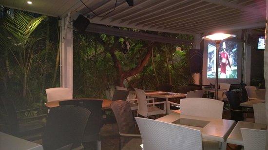 Le Bar De La Marine Saint Gilles Les Bains Restaurant Reviews