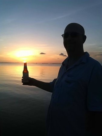 Marker 88 Restaurant: Local beer and a sunset... does not get much better than this...