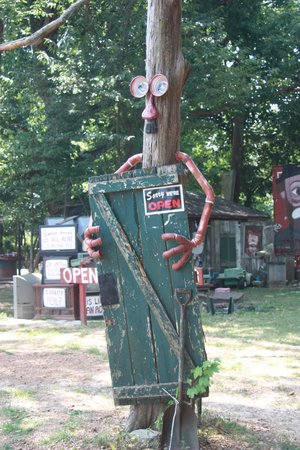 Apple Valley Hillbilly Garden and Toyland : Sorry....
