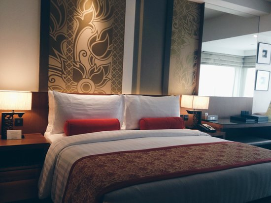 Outrigger Laguna Phuket Beach Resort: beautiful room