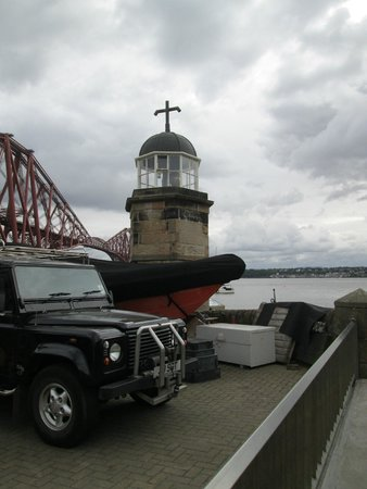 North Queensferry Harbour Light Tower  |  Town Pier, North Queensferry, Scotland