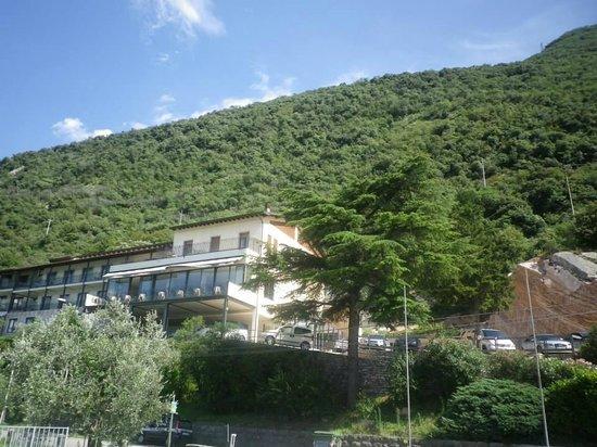 Piccolo Hotel: hotel exterior