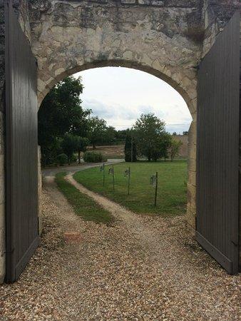 Domaine de Givré : Entrance to the complex
