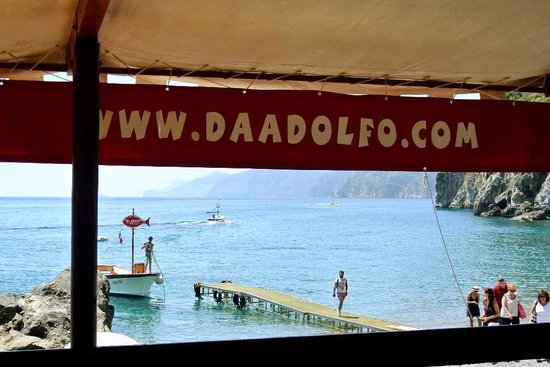 the view from Da Adolfo as another boat comes in