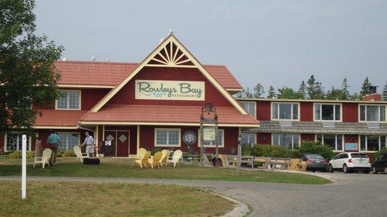 Rowleys Bay Resort : Rowley's Bay Resort