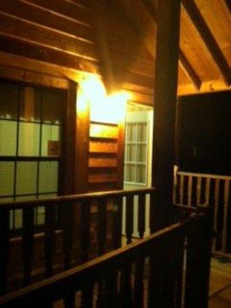 RV Resort at Carolina Crossroads: Cabin Porch
