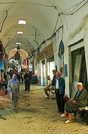 Medina von Tunis: Medina di Tunisi: Tunisia: vita di tutti i giorni