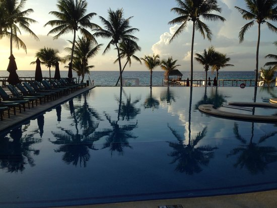 Azul Beach Resort The Fives Playa Del Carmen: Pool