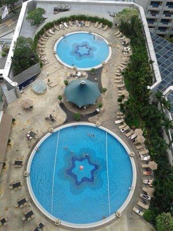 Fairmont Singapore: pool