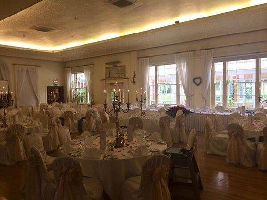 Dunadry Hotel: My wedding in the ballroom august 2014