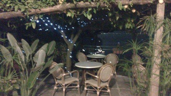 Ravello Rooms: vista notturna dalla terrazza