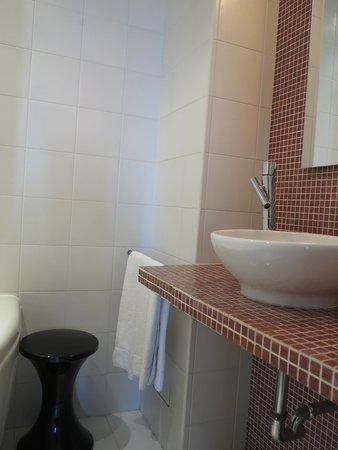 Hotel Windsor Nice: Salle de bains
