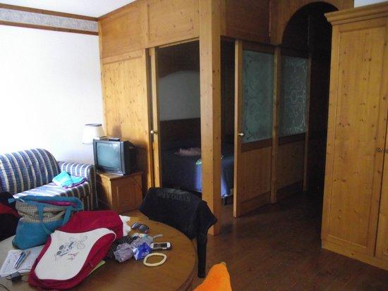 Grand Hotel Misurina: Camera molto spaziosa