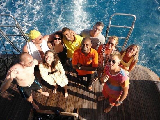 New Son Bijou Diving Center: the crew