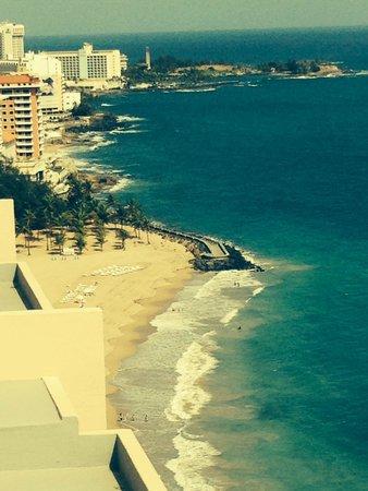 San Juan Marriott Resort & Stellaris Casino: Marriott Resort Room Western View