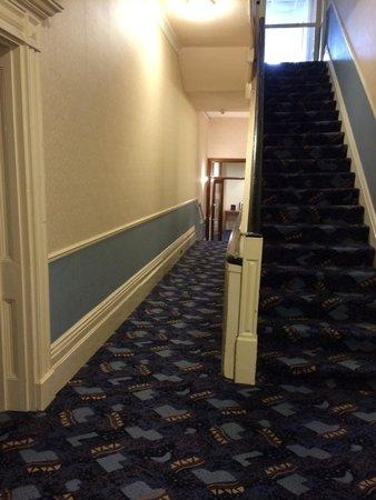 Wessex Hotel: Hall opp our main door